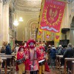 Sbandieratori e Musici alla messa della conversione di San Paolo con il Vescovo emerito Francesco Ravinale