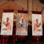 Presentati e stimati i drappi del Palio di Asti 2019, disegnati dal Maestro Paolo Bernardi