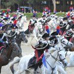 Gli storici Carabinieri a cavallo nel corteo del Palio di Asti 2019